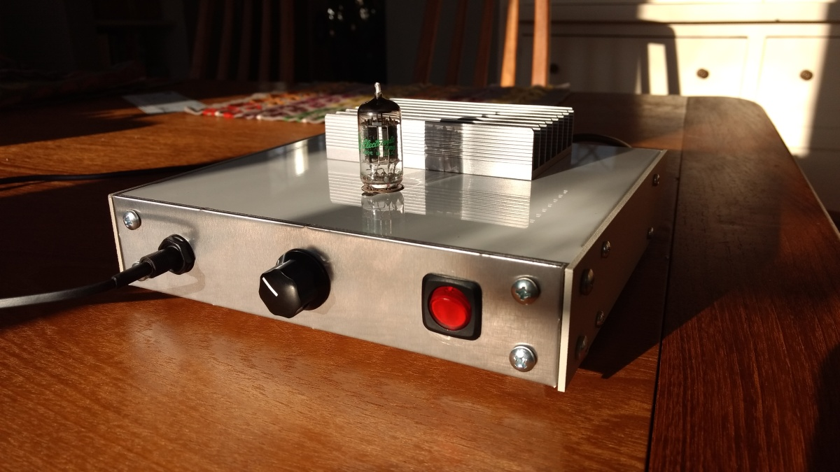 El Estudiante: a DIY tube headphone amp for beginnners